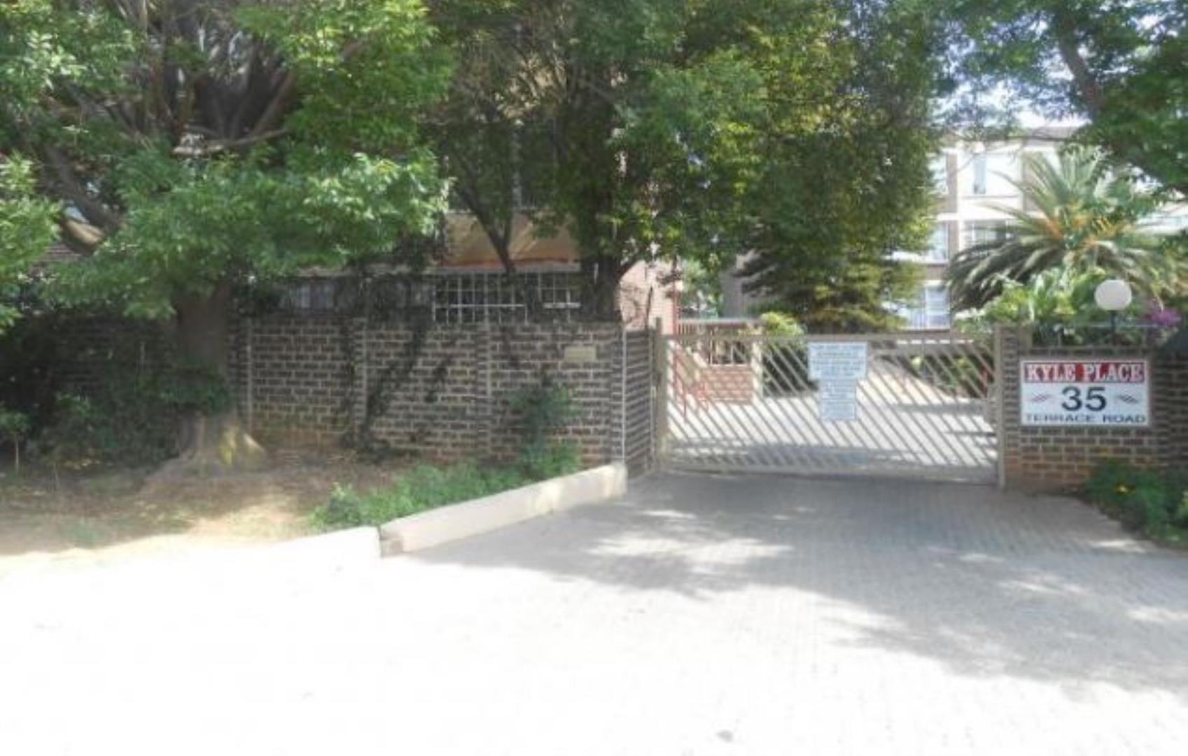 528496_entrance.JPG